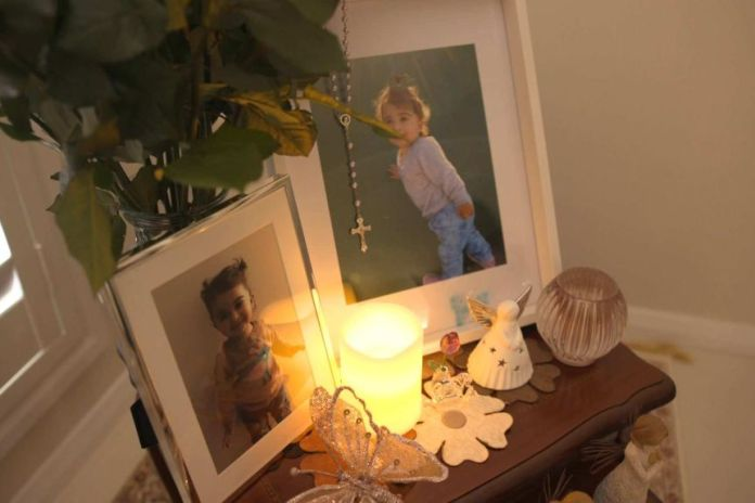 A small shrine in memory of Arianna in Jozef and Anet's house