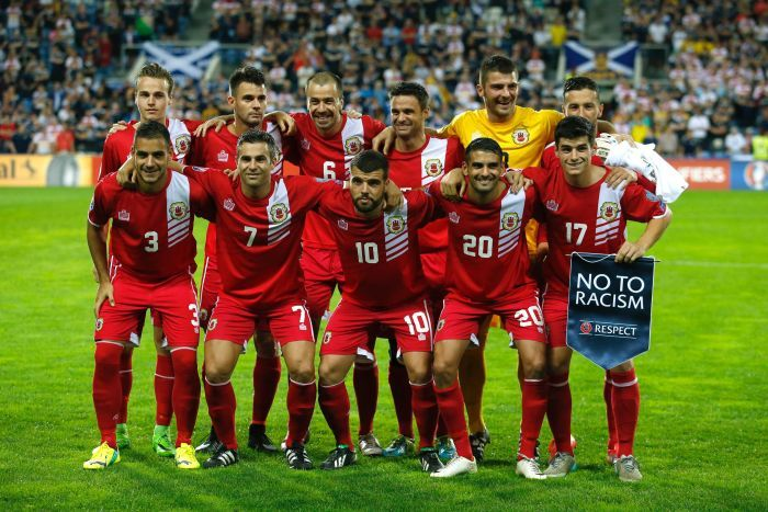 Photo de l'équipe nationale de football de Gibraltar avant un match contre l'Ecosse au Portugal.
