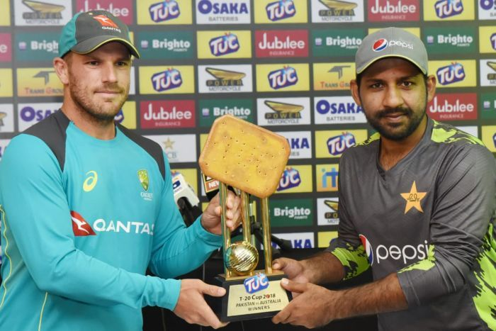 Australia and Pakistan captains pose with Tuc Trophy