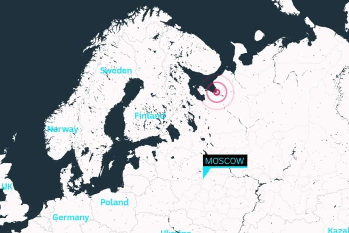 Concentric rings in red next showing a site in relation to the rest of Europe.
