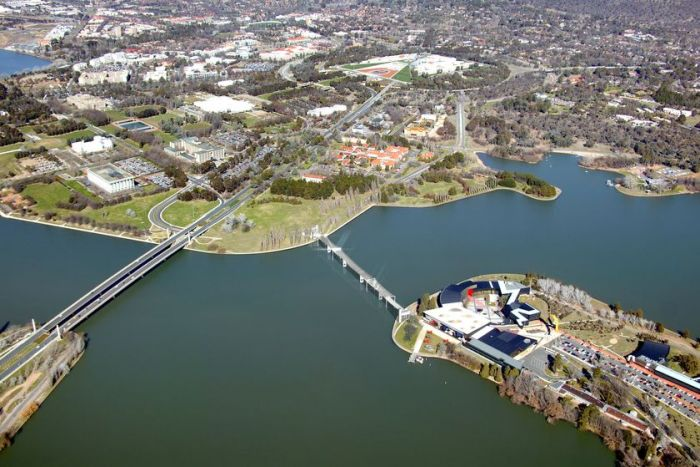 Artist's impression of the Immigration Bridge over Lake Burley Griffin.