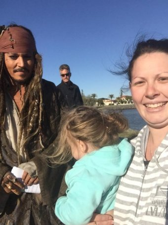 Redlands mother in her PJs snaps selfie with Johnny Depp ...
