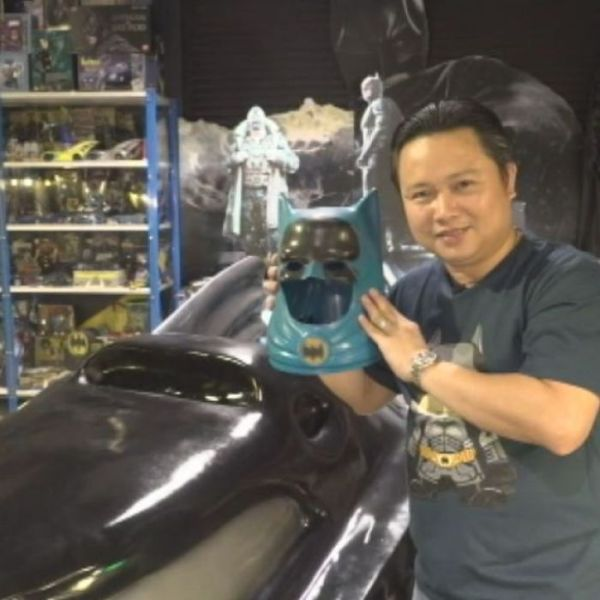Thailand's biggest Batman fan opens museum to the caped ...