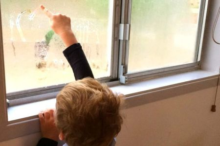 How to fight the annual winter mould attack on your home   ABC News         the house warm  Little boy draws pictures in window condensation