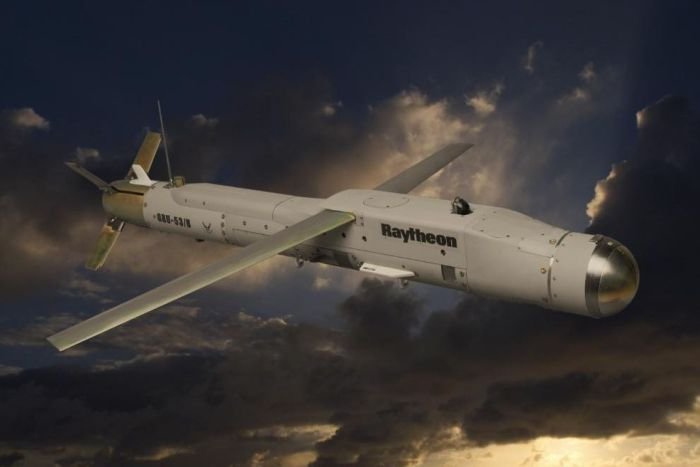 Picture of long and skinny Raytheon GBU-53/B small diameter bomb