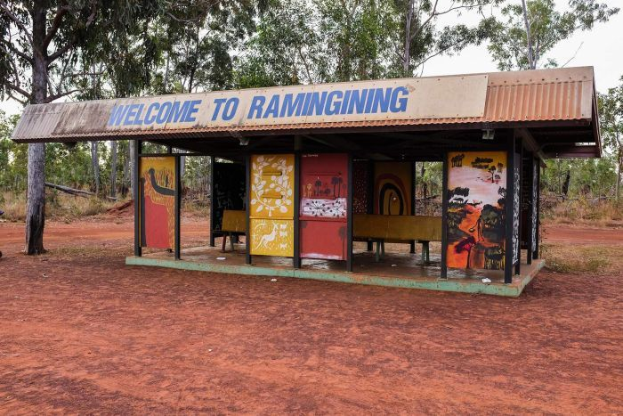 A photo of the sign welcoming people to the community of Ramingining.