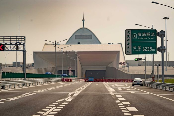 The entrance to an underseat tunnel on the Hong Kong-Zhuhai-Macao Bridge