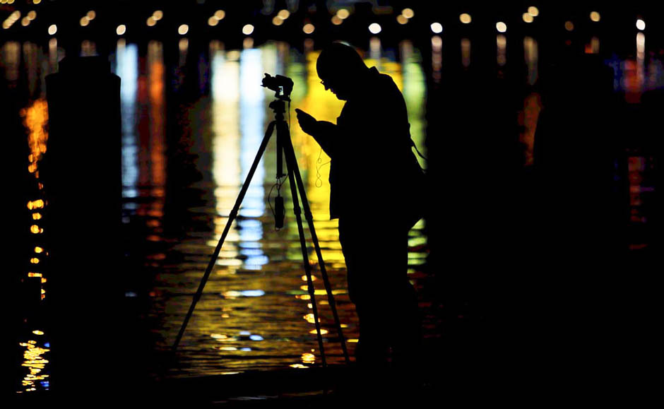 Lunar eclipse photographer