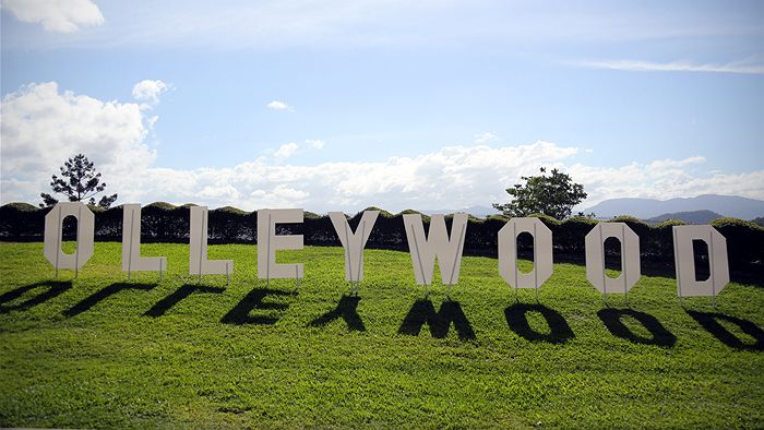 Olleywood sign
