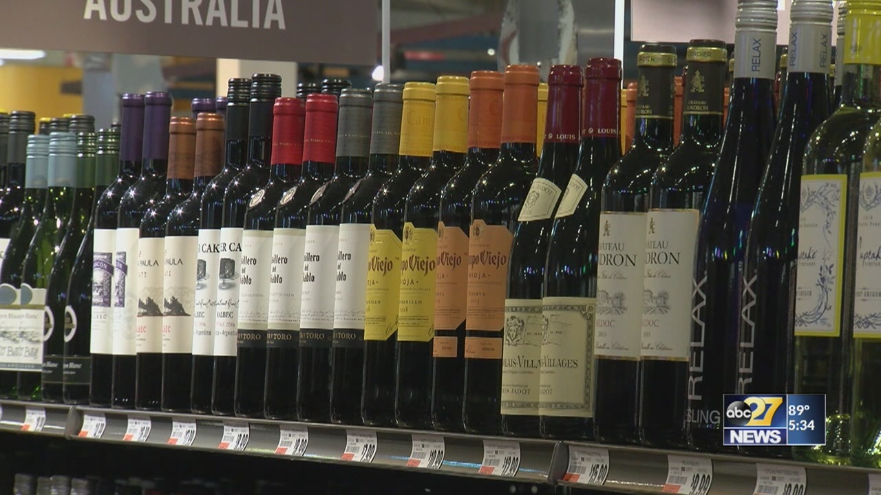 Giant_brings_first_beer__wine_sales_to_C_0_20180629215732