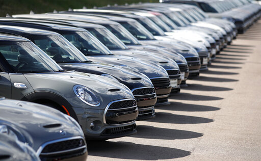 US retail sales rise moderately as auto-buying jumps | ABC27