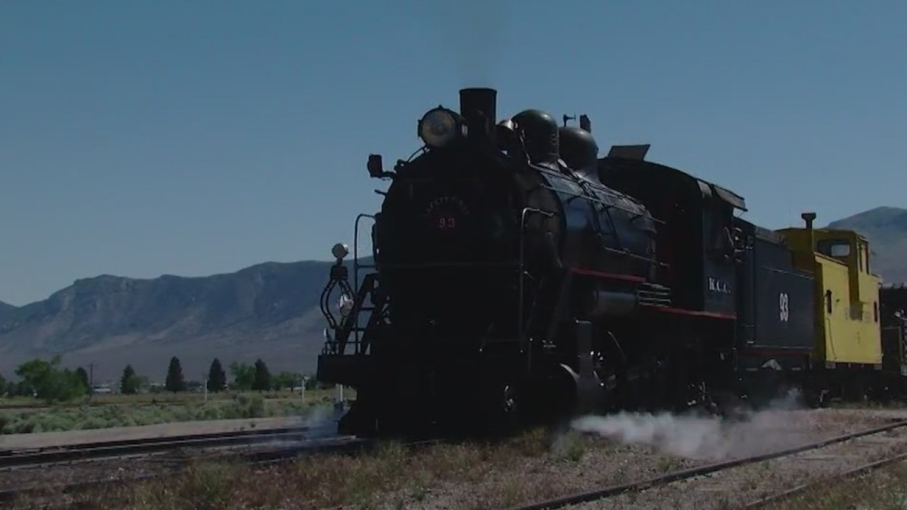 At_Nevada_Northern_Railway_you_can_drive_0_20180703051115