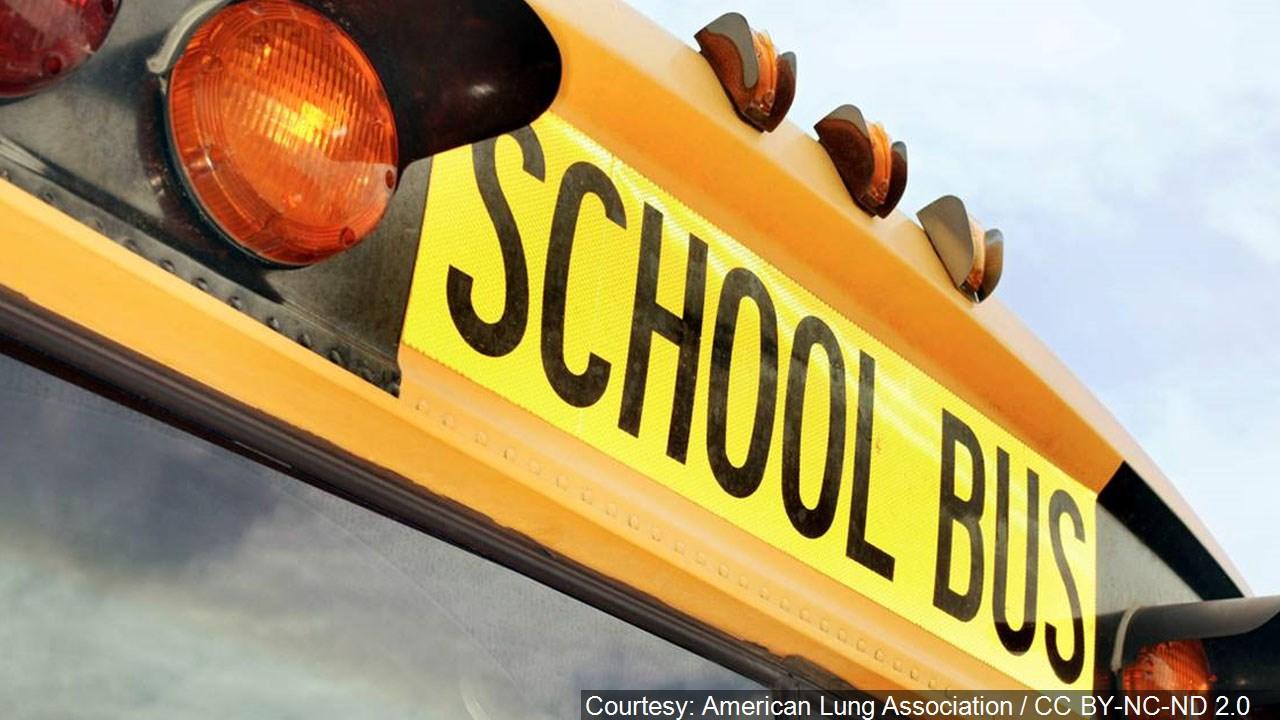 school_bus__.jpg