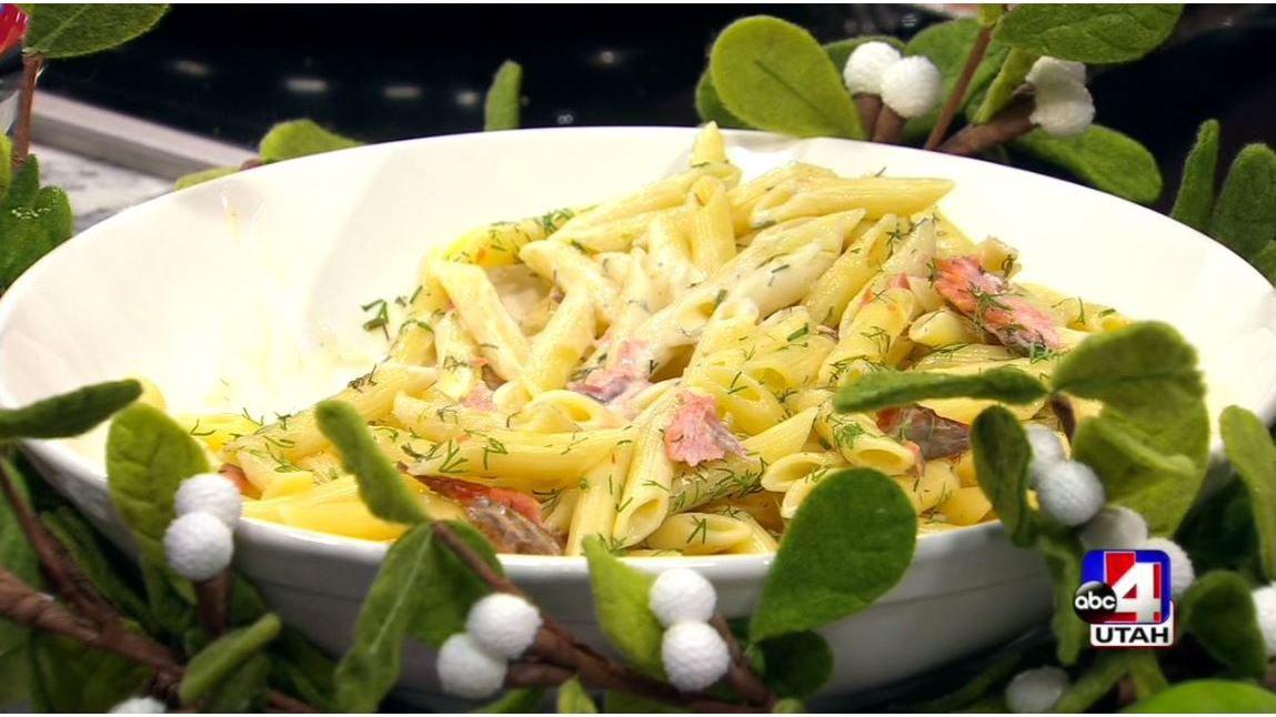 Smoked_Salmon_Pasta_With_Lime_Dill_Sauce_0_20181212032146
