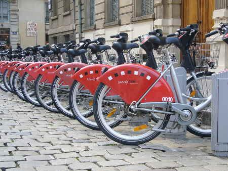 Photo du Velov, système de vélos partagés de Lyon