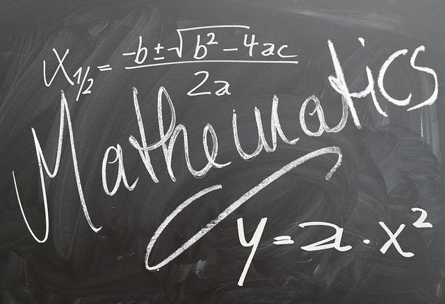 donner des cours particuliers de maths sur un tableau avec super prof