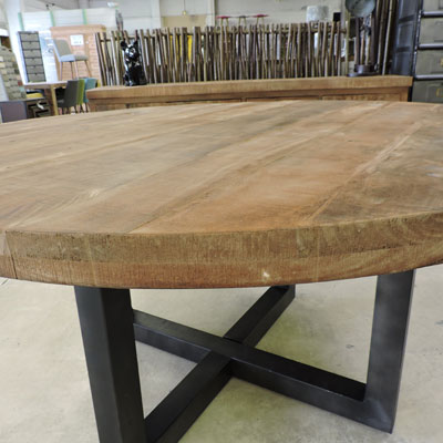 Table Ronde Interesting Table Salle A Manger Plateau Bois
