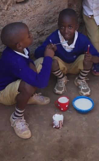 friends enjoying breakfast
