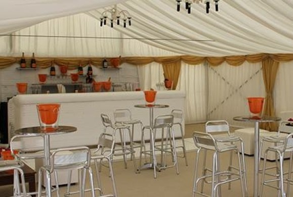 ice-bar-marquee