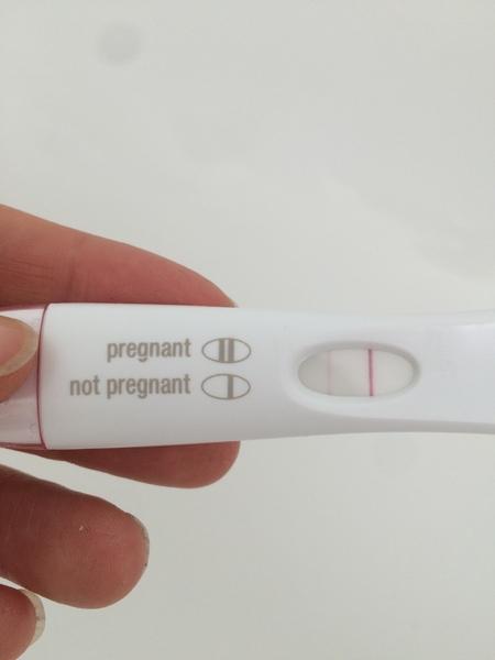 هل نزول الدورة قبل موعدها من علامات الحمل اجابة شافية وكاملة