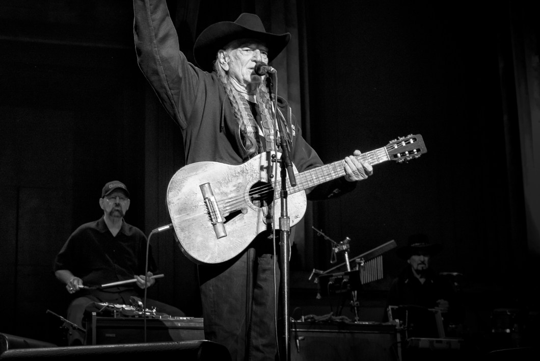willie_nelson_greek_theater_berkeley_ca_1