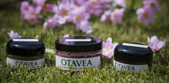 Octava body scrubs