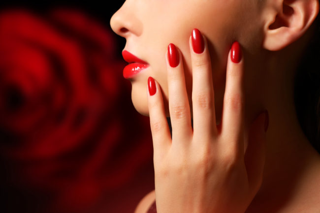 manicura de roja simple nail design