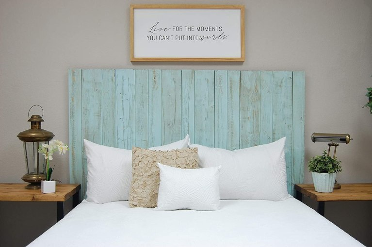 turquiose-wood-headboard