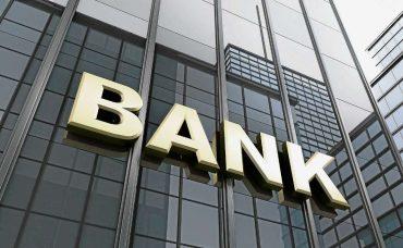Senioren klagen über weite Wege zur Bank