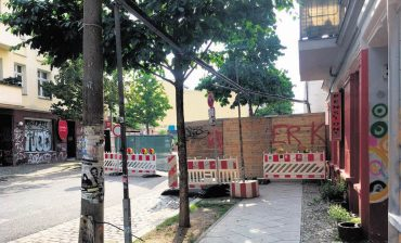 Rigaer Straße vollgesperrt