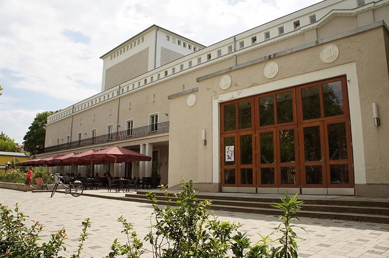 Eine Stiftung soll das Theater wieder öffnen