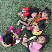 Schulbesuch, Mekong Pearl in Laos, Flusskreuzfahrt