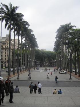 Praça da Sé (vor dem Dom)