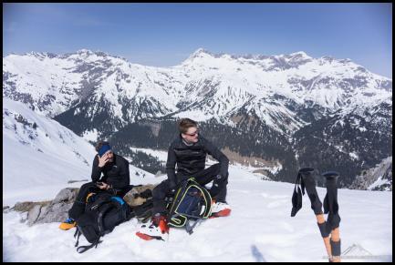 Pausenplatz auf knapp 2200m mit tollem Panorama