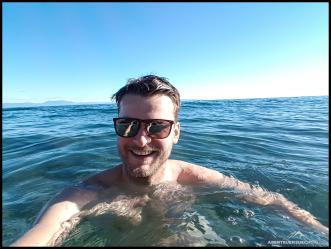 Heute war es sogar warm genug für eine Runde Schwimmen im Meer!