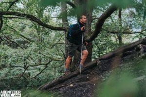 Ingo Wandert auf steilen Pfaden