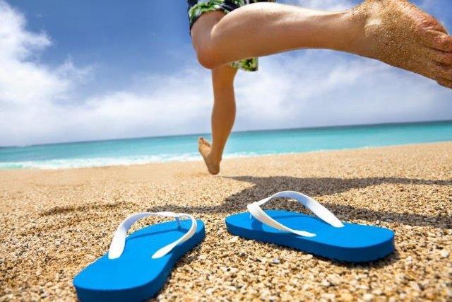 Chinelo de verão Quais os tipos e como escolher o ideal para você aberbeach moda praia