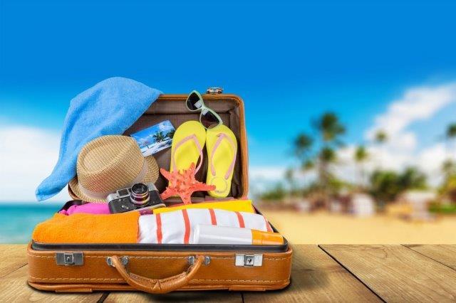 O que levar na mala na hora de viajar para lugares com praia aberbeach moda praia