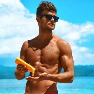 Protetor Solar Por que você não pode esquecer na hora de ir à praia aberbeach moda praia