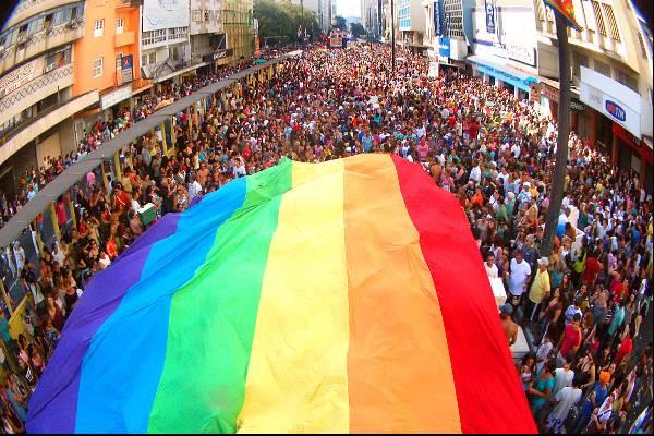 Rainbow Fest, um grande evento LGBT que luta contra homofobia