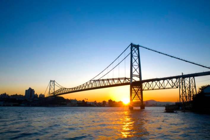 Florianópolis LGBT. Porque a ilha da magia é um roteiro para o público LGBT