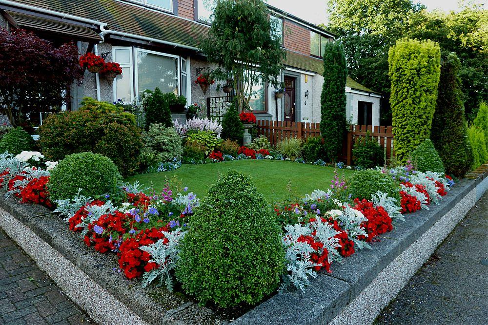 ront garden August 5th  (3)
