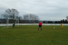 Rattrays miss their penalty (3)