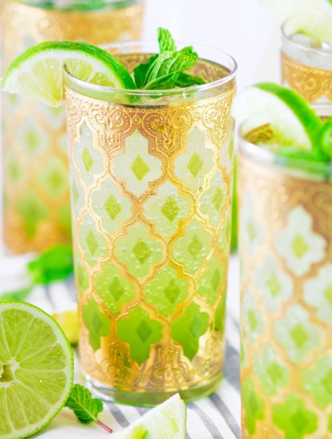 Classic Fresh Mint Mojitos