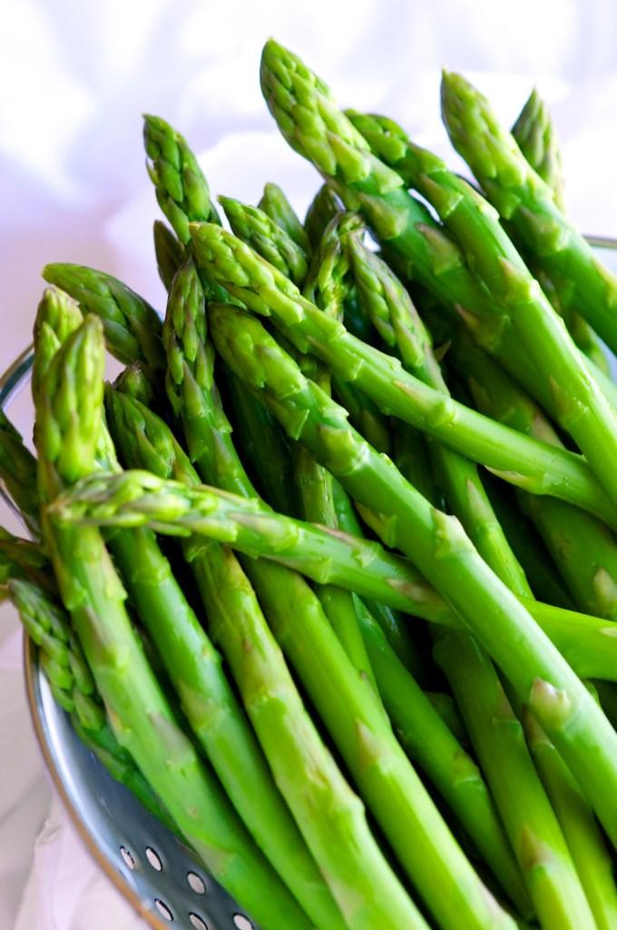 Shaved Garlic Parmesan Asparagus