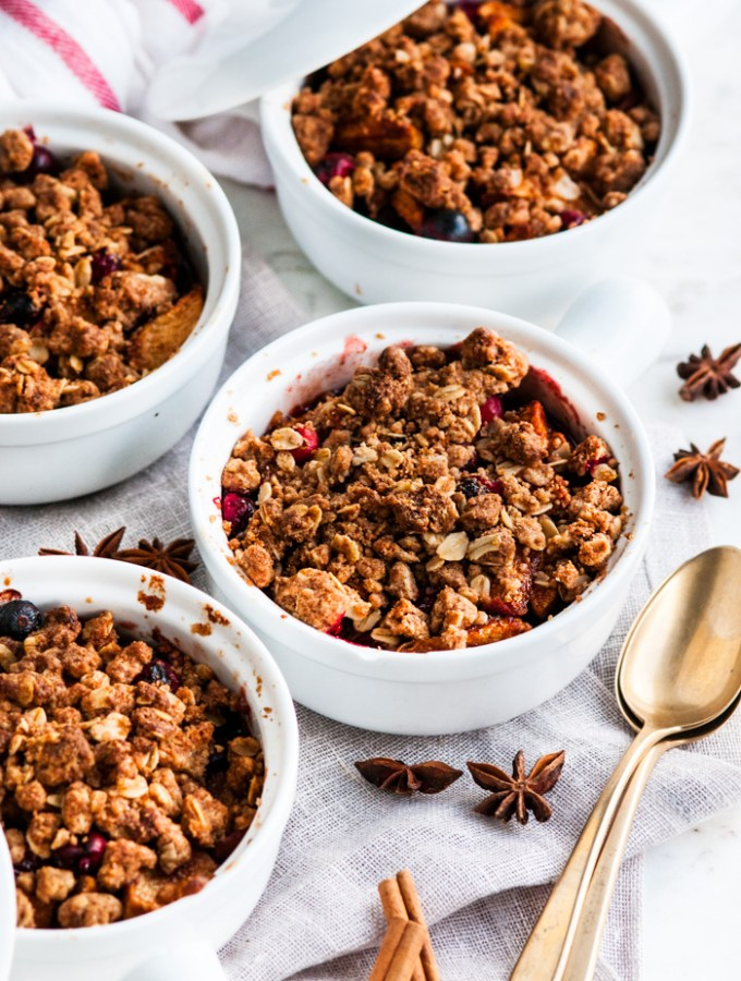 Chai Spice Apple Cranberry Crumble
