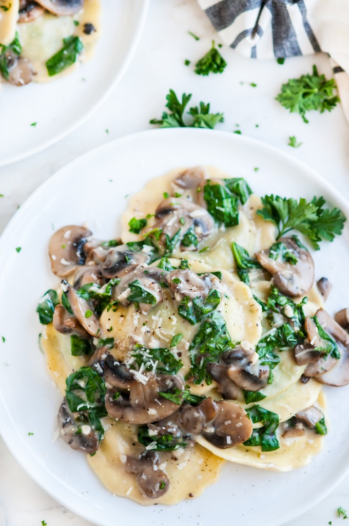 Creamy White Wine Mushroom Spinach Ravioli | aberdeenskitchen.com