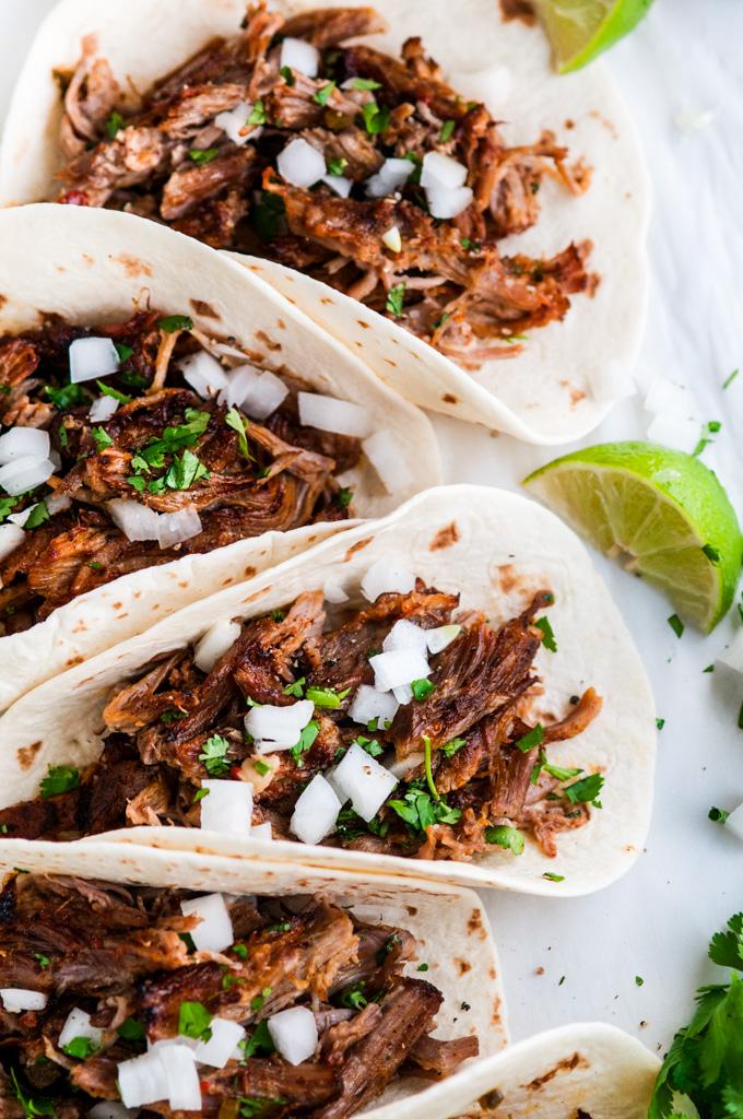 Slow Cooker Pork Carnitas Tacos   aberdeenskitchen.com