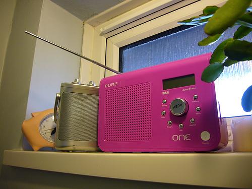 roberts radio photo