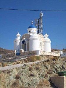 οι εκκλησίες της Ανάφης στις Κυκλάδες